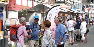 Zeitweise gab es ein rechtes Gedränge auf dem Rheinecker Jakobimarkt