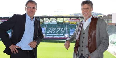 Initianten des «Aktionsbündnis Ostschweiz»: Nationalrat Roland Rino Büchel (l.) und Unternehmer Karl Müller im Kybunpark.