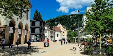 In der Vorarlberger Gastronomie, wie hier in Bregenz darf man ab dem 10. Juni wieder bis zu acht Personen an einem Tisch versammeln