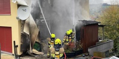Die Feuerwehr Schübelbach konnte das Feuer rasch löschen.