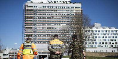 Das alte Bettenhaus des Spitals Frauenfeld vor dem Abbruch. Ende Februar 2020 war der Neubau bezogen worden. (Archivbild)