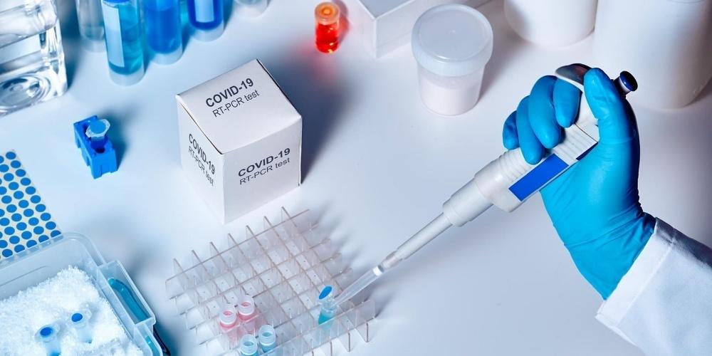 Seit Beginn der Corona-Pandemie wurden schweizweit 6'294'516 PCR-Tests durchgeführt. (Symbolbild)
