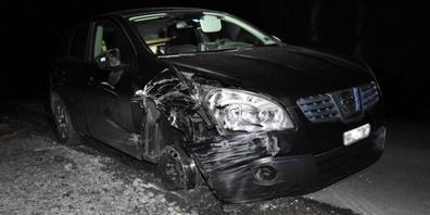 Das war dann wohl ein teurer Rausch: hoher Sachschaden und Führerschein weg