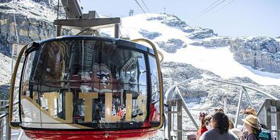 Die Schweizer Seilbahnen erholen sich nur langsam von den Folgen der Coronakrise. Insbesondere in der Zentralschweiz und im Berner Oberland harzt das Geschäft noch.(Archivbild)