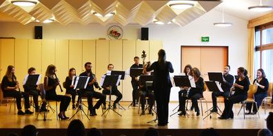 Das Klarinettenensemble Holzbiig begeisterte am Sonntag in Schindellegi mit einer musikalischen Darbietung.