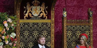 Willem-Alexander, König der Niederlande, eröffnet das parlamentarische Jahr mit einer Rede. Wegen der Corona-Maßnahmen waren am traditionellen «Prinsjesdag» erneut die traditionelle Kutsch-Fahrt des Königspaares durch die Stadt sowie die Balkon-Sz...