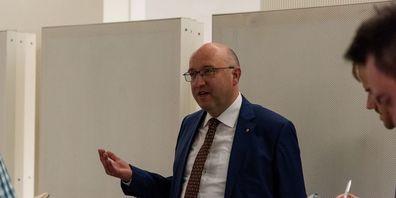 Beat Tinner, Vorsteher des Volkswirtschaftsdepartement. (Archivbild: Thomas Hary)