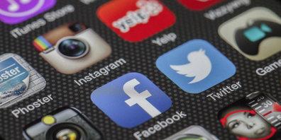 2/3 der Schweizer Unternehmen setzen in ihrer Kommunikation auf Social-Media-Kanäle.