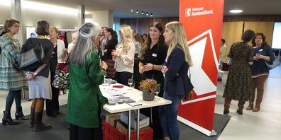 Das Netzwerken war ein wichtiger Bestandteil des Jubiläumsabends des Frauennetzes Schwyz.
