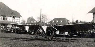 Der 1886 in St. Gallen geborene Bäcker- und Konditorensohn Heinrich Otto, genannt Henri, Kunkler war einer der ersten Abenteurer, die in der Schweiz den Traum vom Fliegen verwirklichten.