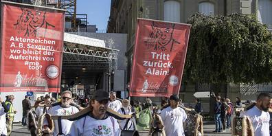 Freiheitstrychler an der Kundgebung gegen Corona-Massnahmen in Bern.