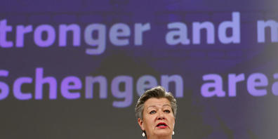 Ylva Johansson, EU-Innenkommissarin, spricht bei einer Pressekonferenz im EU-Hauptsitz. Foto: Johanna Geron/Pool Reuters/AP/dpa
