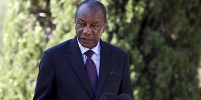 ARCHIV - Guineas Präsident Alpha Condé steht in einem Luxushotel in der Hauptstadt Conakry unter Hausarrest. (Archivbild) Foto: Eric Gaillard/POOL Reuters/dpa