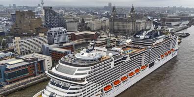 Die Reederei MSC will seine Kreuzfahrtflotte klimaschonender aufstellen. Motoren mit Wasserstoffantrieb sollen dabei helfen. Mit Partnern hat MSC eine Machbarkeitstudie dazu in Auftrag gegeben.(Archivbild)