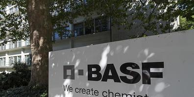 Der Chemiekonzern BASF profitiert von den höheren Rohstoffpreisen. (Archivbild)