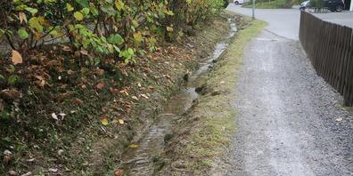 Die Hochwassergefahr beim Tüfibach ist nicht gebannt. Nun wird die Ausbauvariante im heutigen Bachbett (Schweissbrunnstrasse/Dorfbach) weiterverfolgt.