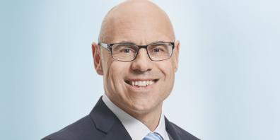 Markus Dubach, Mitglied der Direktion, markus.dubach@alpharheintalbank.ch