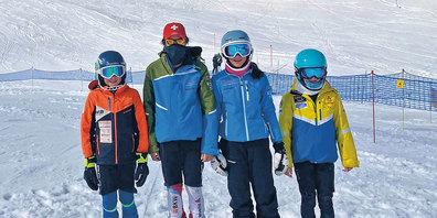 Von links: Laurin Jud, Nicola Baracchi, Andrina Gansner und Lily Ann Blattmann.