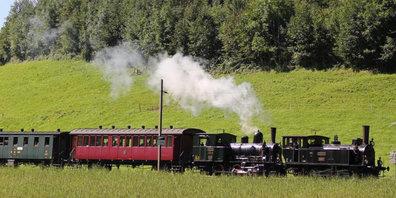 Zusätzliche Züge im September.