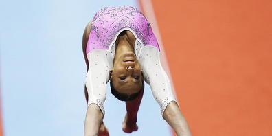 Rebeca Andrade sprang nach ihrem Olympiasieg in Tokio auch an den Weltmeisterchaften überlegen zu Gold