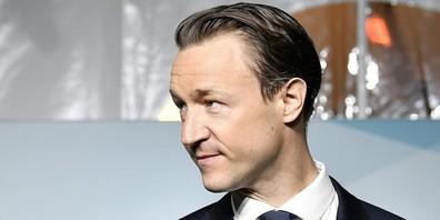 Gernot Blümel: Wurde durch die Zustimmung zur Verzögerung der S18 sein Job als österreichischer Finanzminister gerettet?