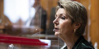 Die St.Galler Bundesrätin Karin Keller-Sutter plädiert für die Annahme des PMT-Bundesgesetzes. (Archivbild)