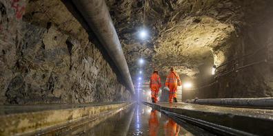 Das Bedretto-Felslabor befindet sich in der Mitte eines 5,2 Kilometer langen Stollens, der das Tessin mit dem Furkatunnel verbindet.