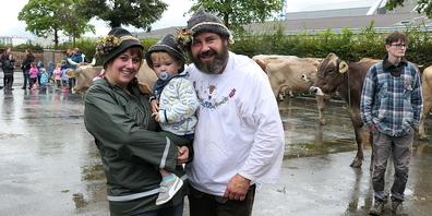 Der Senn Martin Lutz ist nach einem nassen Sommer wieder zurück bei seiner Familie