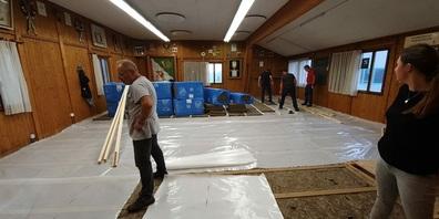 Sanierung und Renovierung des Musikpavillons in Niederwil: Viel Fronarbeit wurde durch die Mitglieder bereits geleistet.