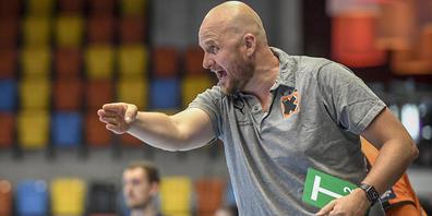 Kann mit seiner Mannschaft auf der ganzen Linie zufrieden sein: der Coach Adalsteinn Eyjolfsson