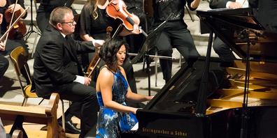 Wieder einmal Solistin beim Sinfonieorchester Kanton Schwyz: die Pianistin Eleonora Em mit dem Tschaikowsky-Konzert.