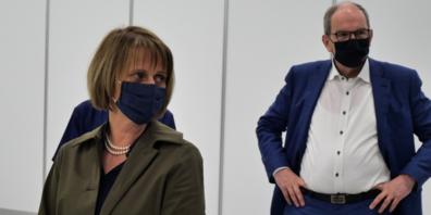 Präventivmedizinerin Karin Faisst (l.) und Bruno Damann, Vorsteher des Gesundheitsdepartements.
