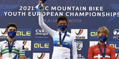 Europameister Nicolas Halter zwischen dem Spanier Gallego Hugo Franco (2.) und dem Dänen Albert Philipsen (3.).