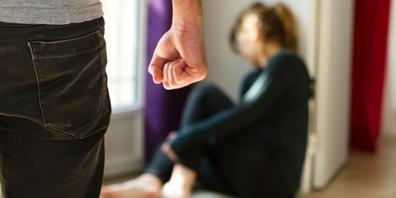Häusliche Gewalt gibt es immer noch zu viel in der Schweiz.