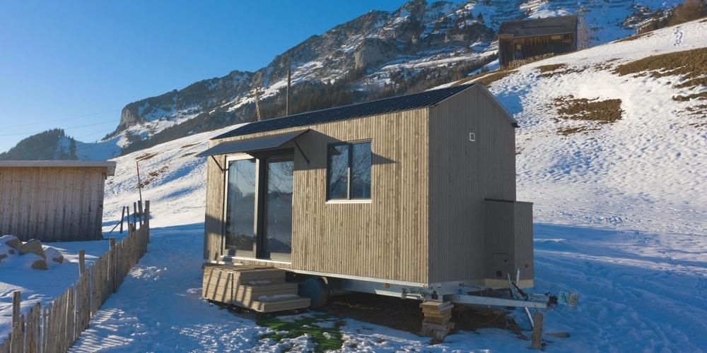 Skifahren, Schneeschuhwandern, Winterwandern – alles direkt vor der Tinyhouse-Tür.