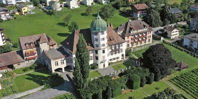 Das Schloss Zizers wird künftig nicht mehr für die Öffentlichkeit zugänglich sein.
