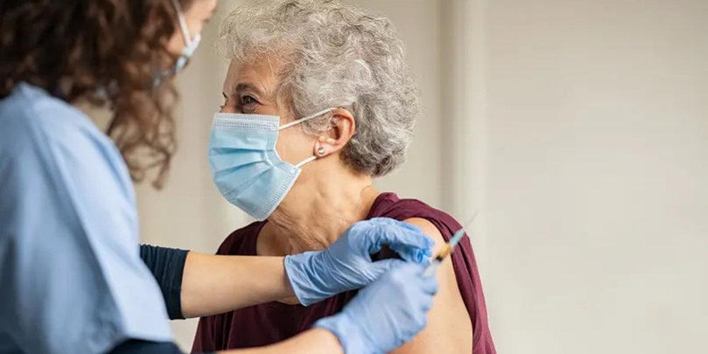 Linth24-Leserin Bernadette Gerber aus Eschenbach fragt sich, ob man über die Covid-Impfung und deren Inhaltsstoffe wirklich aufgeklärt wurde.