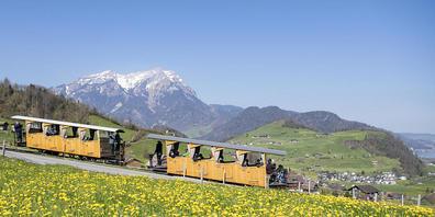 Bis sich der Schweizer Tourismus vollständig von der Covid-19-Pandemie erholt hat, wird es Jahrzehnte dauern. Dieser Auffassung ist Martin Nydegger, Direktor von Schweiz Tourismus. Im Bild die Stanserhorn-Standseilbahn. (Archivbild)