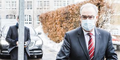 Bundespräsident Guy Parmelin hat am Donnerstag das Kantonsspital St.Gallen besucht. (Bild: zVg)