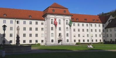 Die Kontokorrentlimiten des Kantons St. Gallen für seine Spitalverbunde sind nicht unproblematisch.