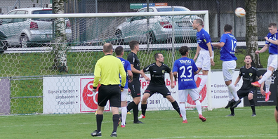 Spielszene aus dem Halbfinale zwischen dem FC Widnau und dem FC Steinach