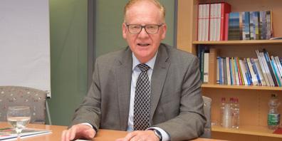 Long Covid führt laut Andreas Dummermuth, Leiter der Ausgleichskasse AHV/IV-Stelle Schwyz, zu «unklaren Gesundheitsschäden».