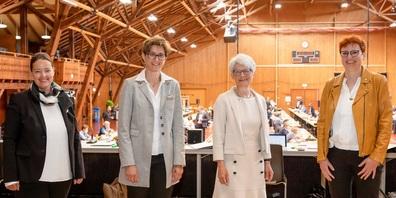 Vier Frauen stehen im Amtsjahr 2021/2022 an der Spitze des Grossen Rates und des Regierungsrates (v.l.): Carmen Haag, Monika Knill, Brigitte Kaufmann und Barbara Dätwyler Weber.