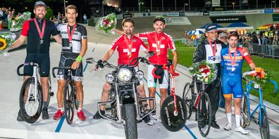 Giuseppe Atzeni (m.r.) ist neunfacher Schweizer Meister – hier bei der Siegerehrung 2019.