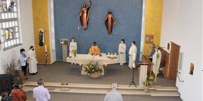 Pater Didier Mungilingi begrüsste die Festgemeinde zum Patrozinium Sankt Georg.