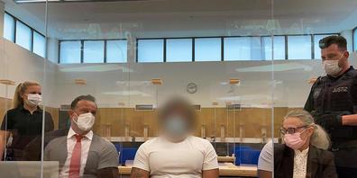 Die Anklage wirft dem 28-jährigen mutmaßlichen Täter versuchten schweren Bandendiebstahl vor. Auf mehr als 2500 römische Münzen aus purem Gold hatten es mehrere Täter abgesehen. Foto: Birgit Reichert/dpa Foto: Birgit Reichert/dpa - ACHTUNG: Der An...