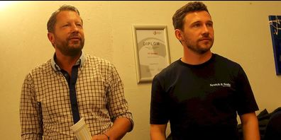 FC Gossau-Trainer Patrick Winkler (links) bei der Vorstellung von Neuzugang Silvano Schäppi.