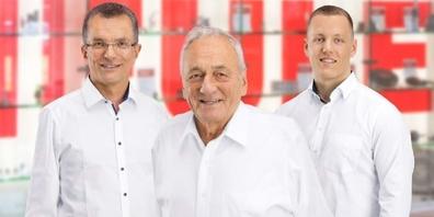 Drei Generationen: Ulf, Heinrich und Rik Heule