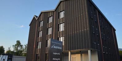 Bald bezugsbereit: der Hustech-Neubau in Bubikon.