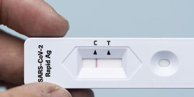 Der Coronavirus Antigen-Selbsttest von Roche erkennt gemäss einer Studie unter realen Bedingungen nur zwei von drei Infizierten.